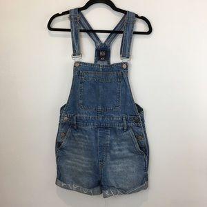 BDG denim overall shorts size M